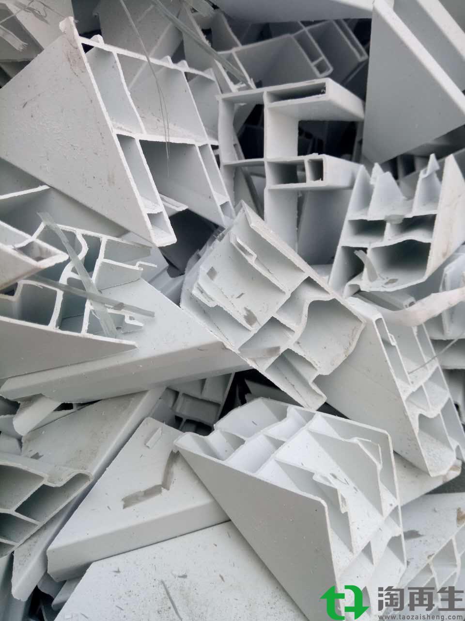 PVC塑钢破碎料